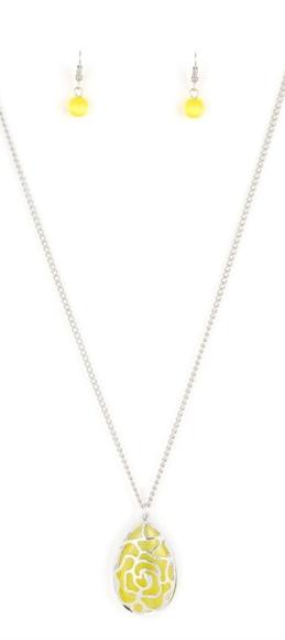 💎3/$15 Necklace/earrings set